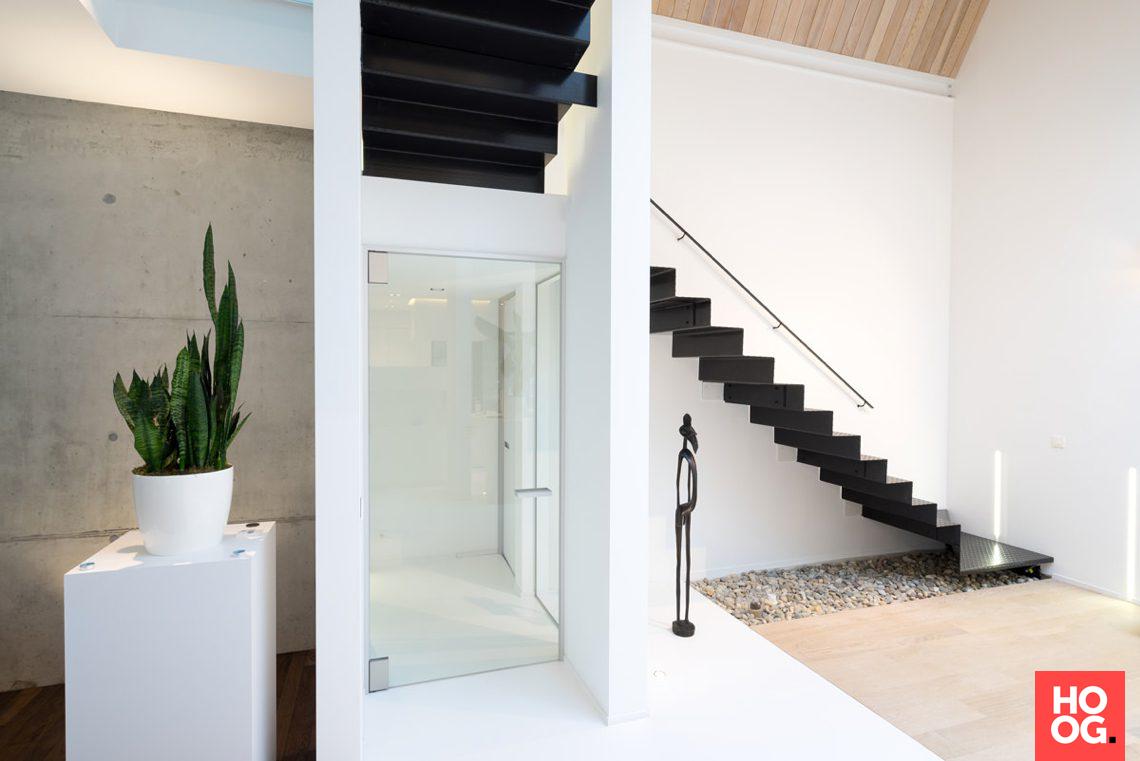 Anyway doors architectenwoning met moderne binnendeuren hoog