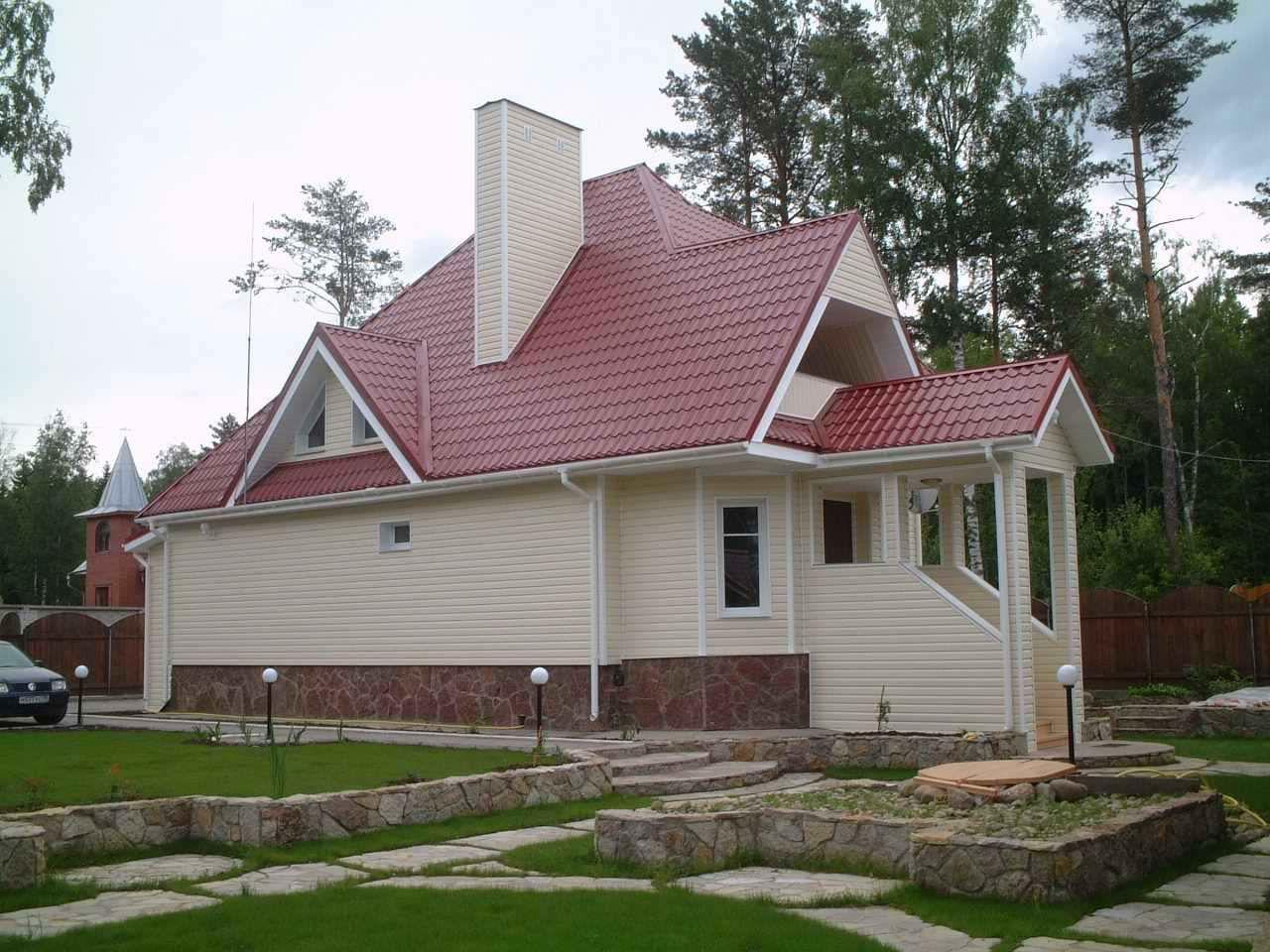 свою сайдинг дома с бордовой крышей фото вооружение представлено