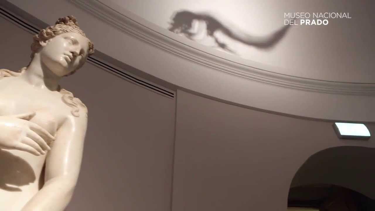 """La exposición """"Historias Naturales"""": Un leviatán engulle a una Diosa"""