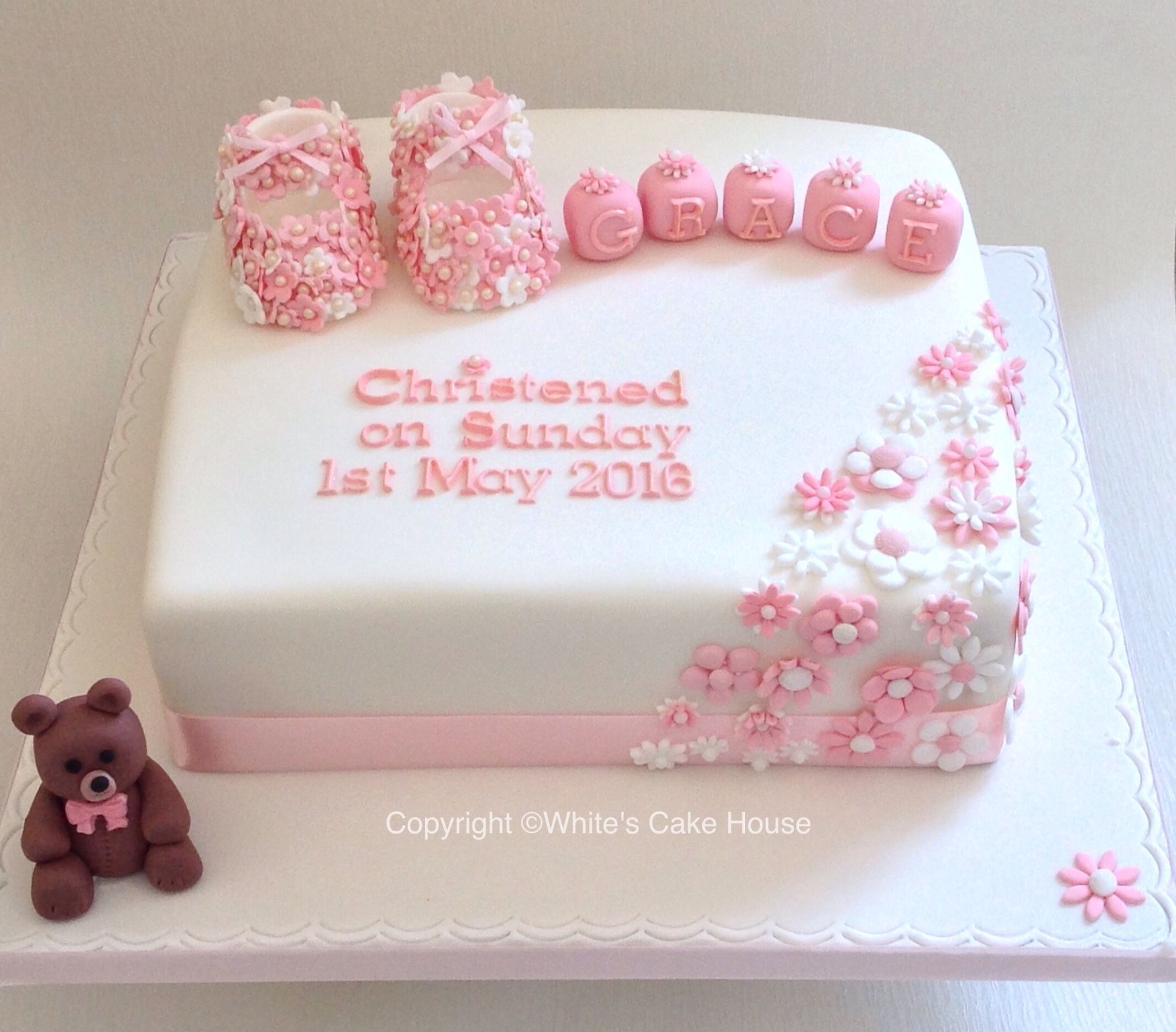 Girls Pretty Christening Cake With Images Christening Cake