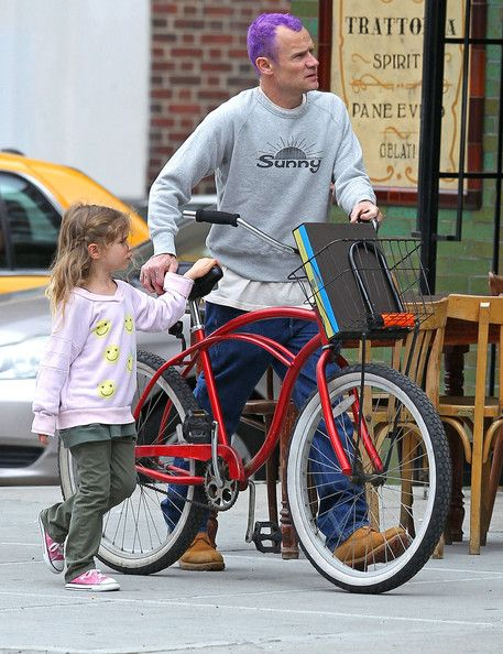 Flea Photos Photos Flea And Daughter Spotted Out In New York Red