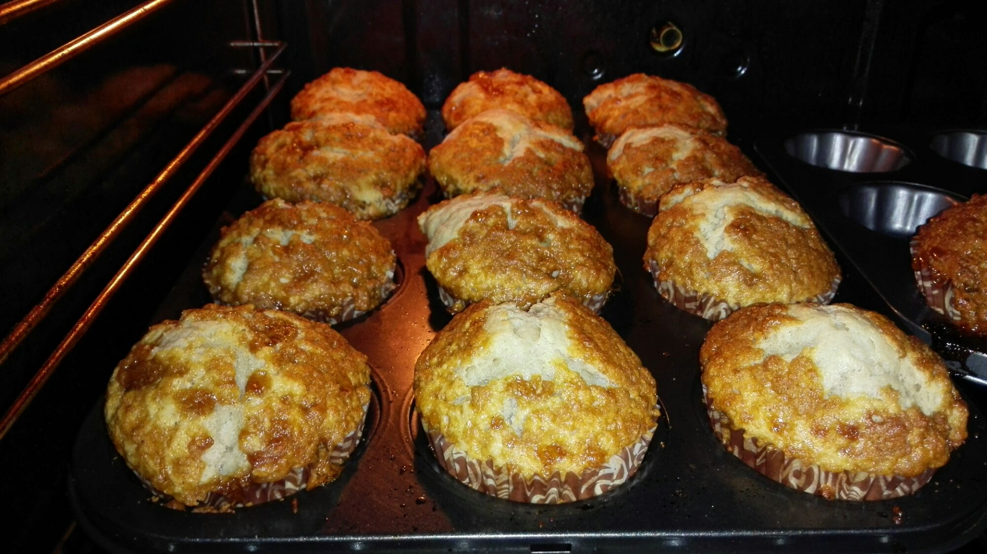 Stumbled across this crumble banana muffins and decided i should try them out,as it is i am not a fan of having banana in my pastry but after trying out this i actually liked it.The crust is sweet,…