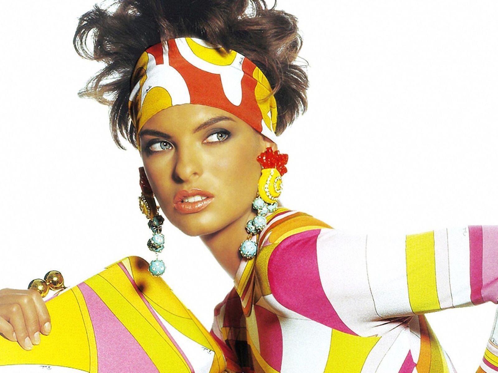 Linda-Evangelista-Images.jpg (1600×1200)