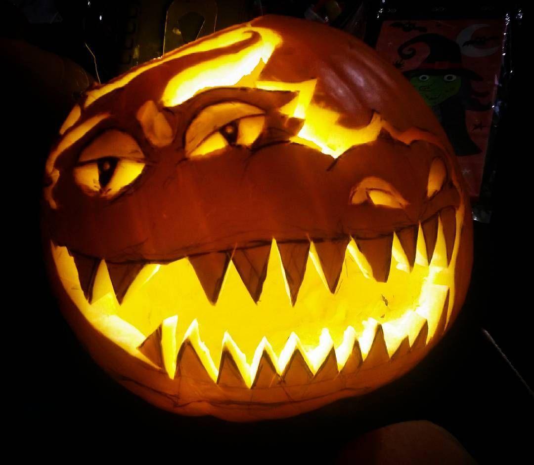 jack-o'-dragon #halloween #pumpkin #carving #bitoffabittoomuch