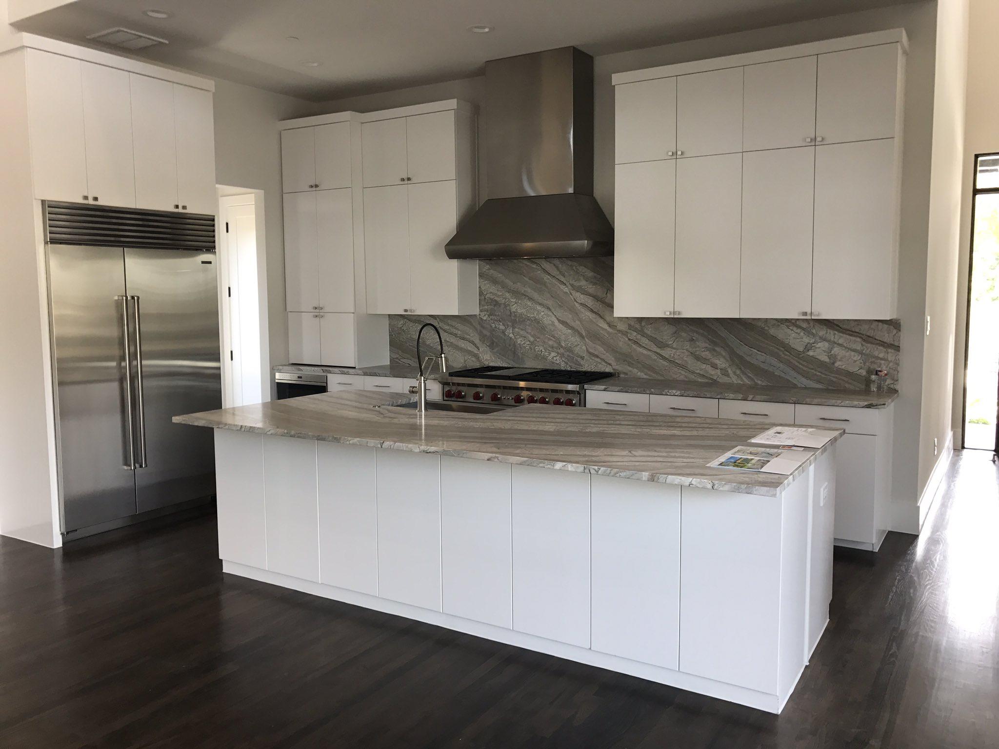 Modern Dallas masterpiece. | Kitchen cabinets, Cool ...