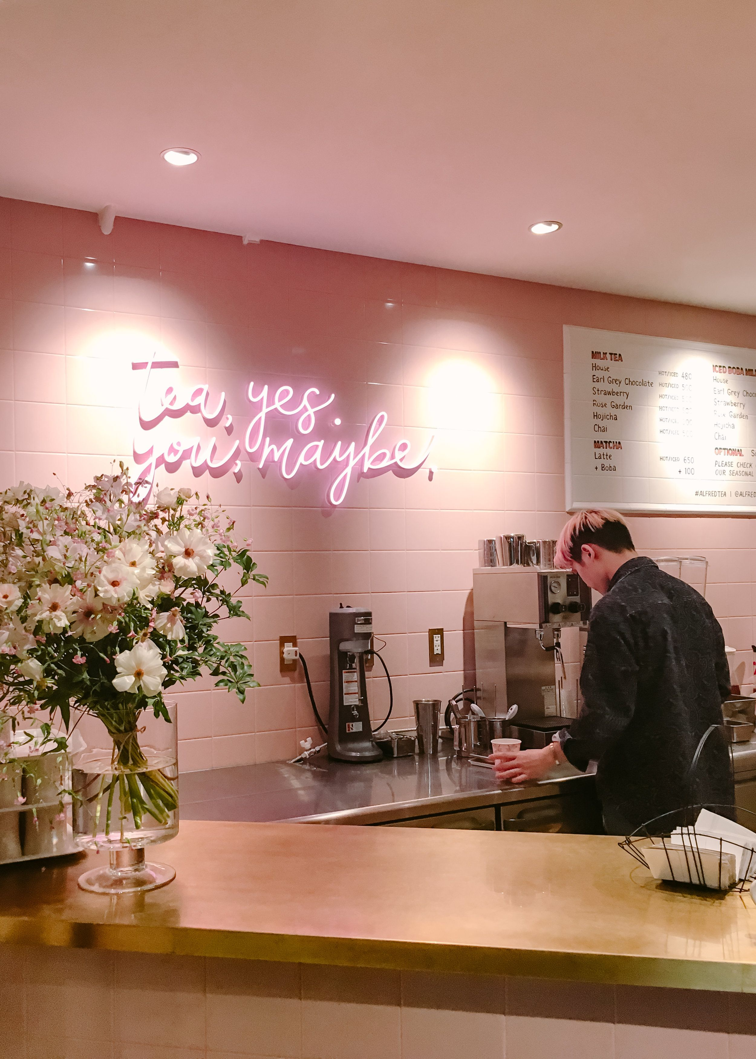 Best Cafes In Japan With Images Alfred Tea Room Cool Cafe