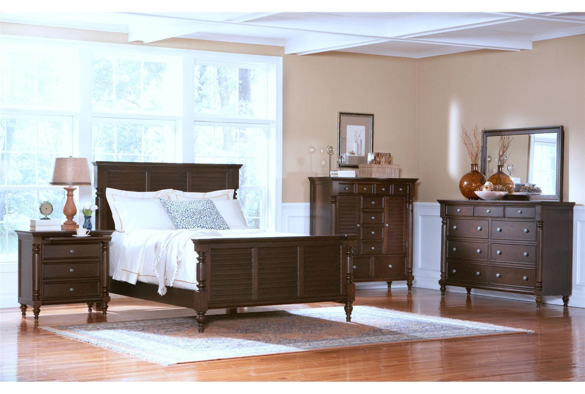 nassau queen panel bed 395  furniture master bedroom
