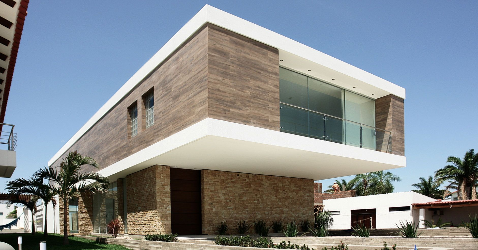 C house by sommet asociados 2