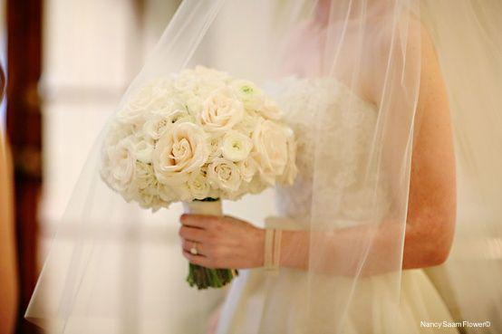 Bouquet of mixed varieties of roses, Nancy  Saam Flowers