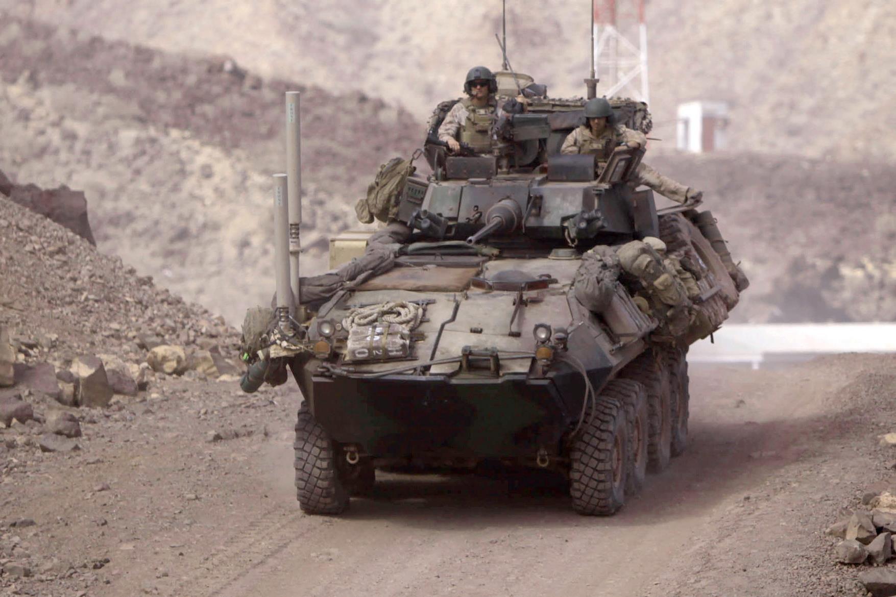 Usmc lav 25a2 8 8 vehicle military vehicle wheeled pinterest usmc military and army