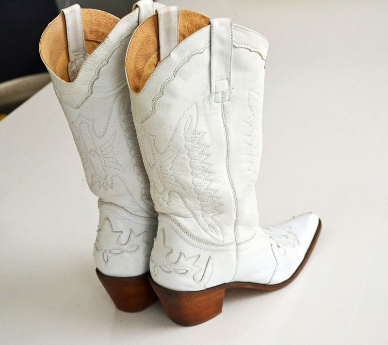 Cowgirl Dream Wedding | Country~ / Love white cowgirl boots ...