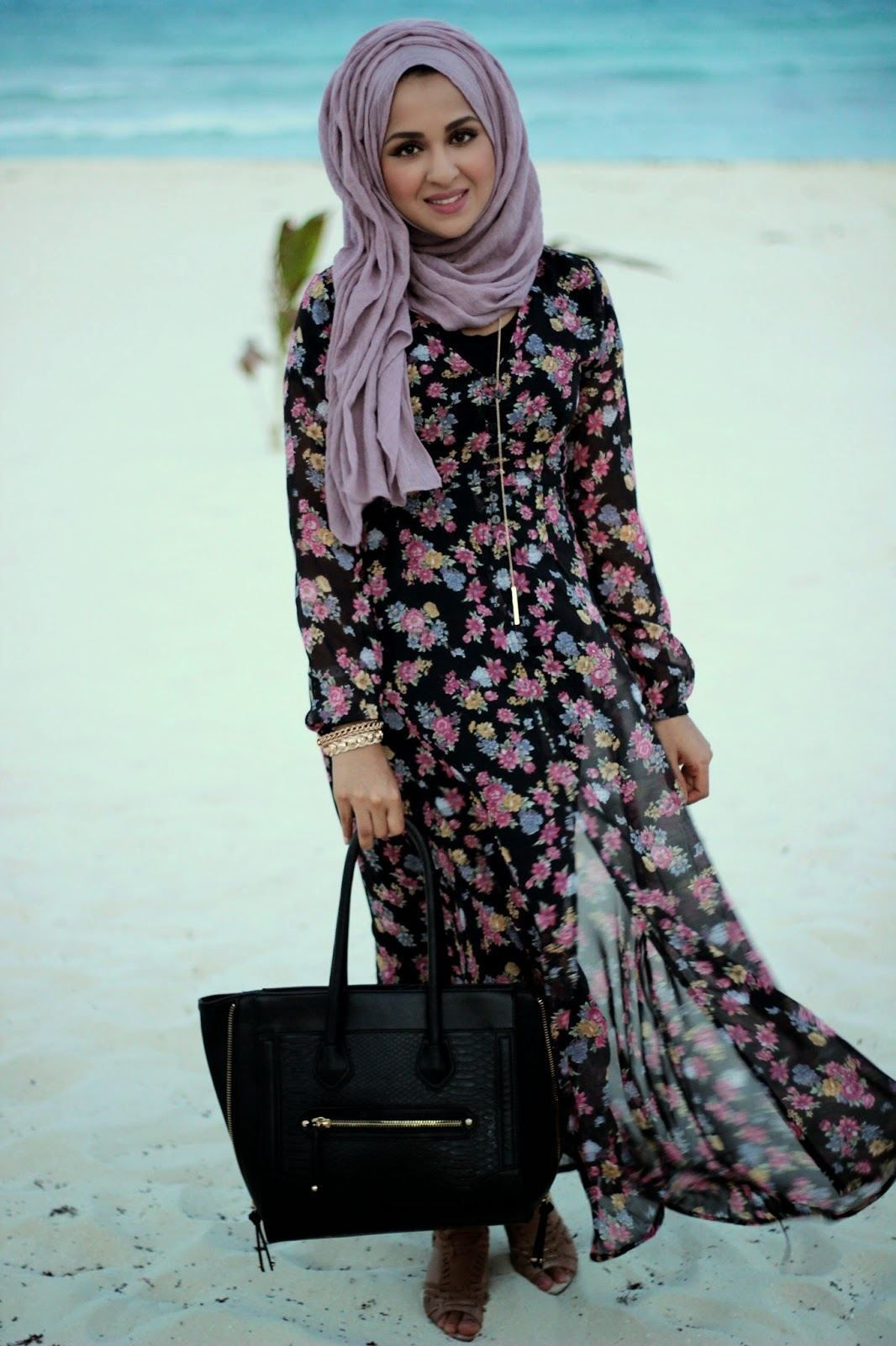 Beach Hijab Outfits–34 Modest Beach Dresses for Muslim Girls forecast