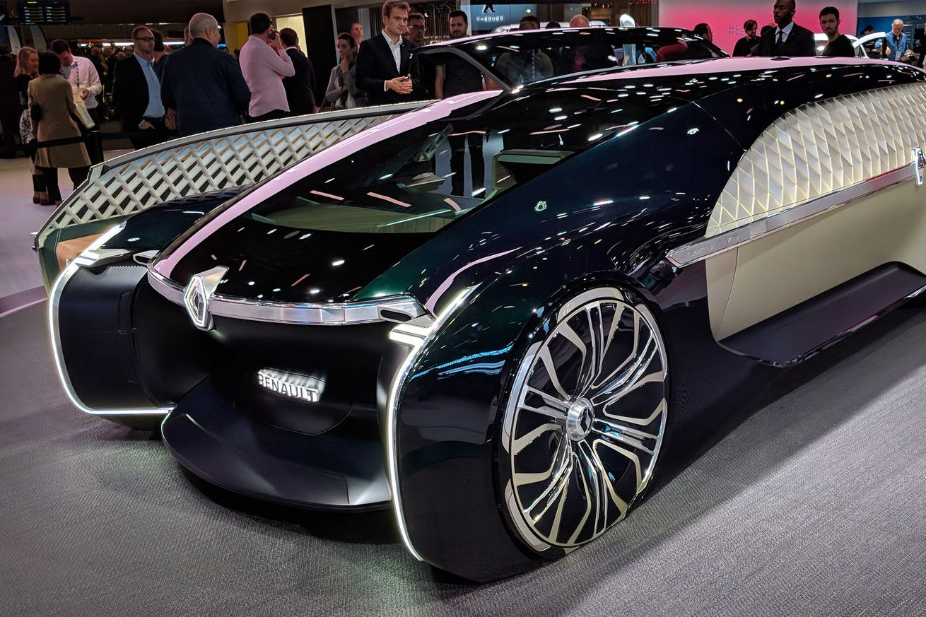 Renaults Ez Ultimo Luxury Self Driving Concept Is A Giant Slice Of Ridiculous Luxury Car Brands Automatic Cars Luxury Cars