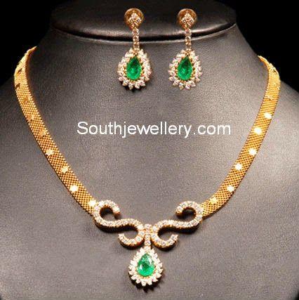 Gold mesh chain with diamond pendant jewelery pinterest gold mesh chain with diamond pendant mozeypictures Gallery