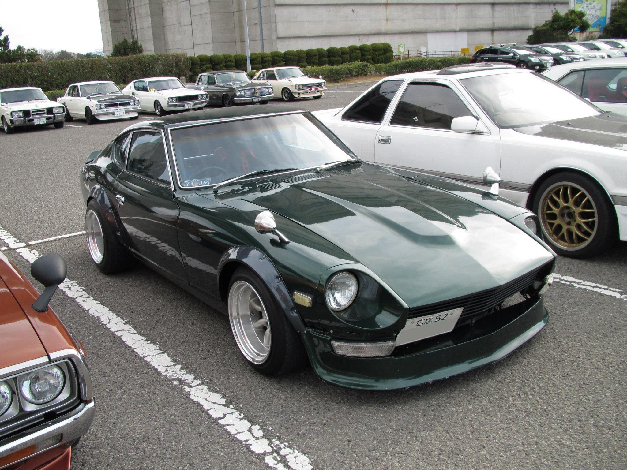 240z Looks good in dark green | 240z | Pinterest | Cars ...