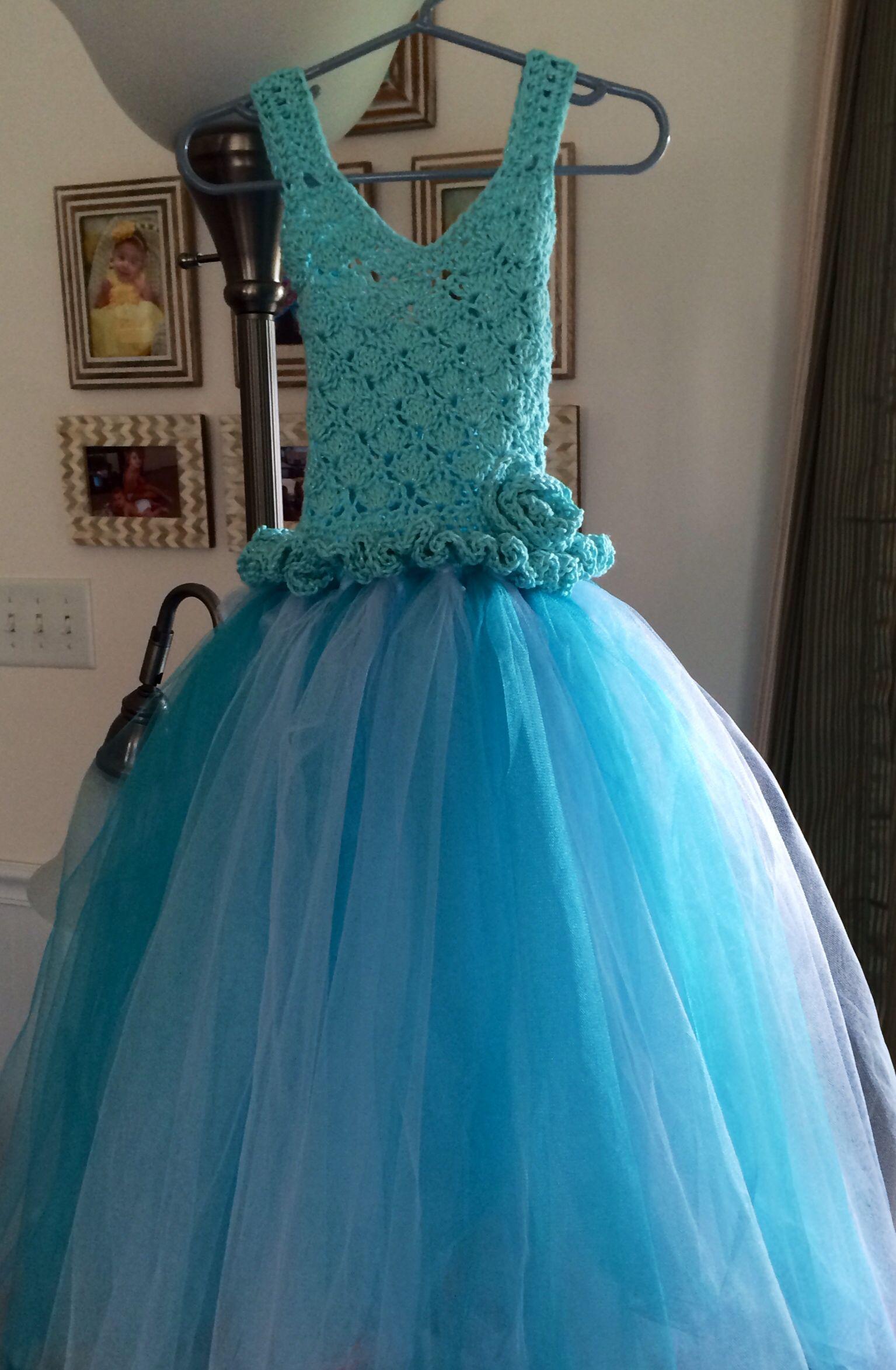 Size 2/4 Crochet Dress made for Granddaughter\'s \