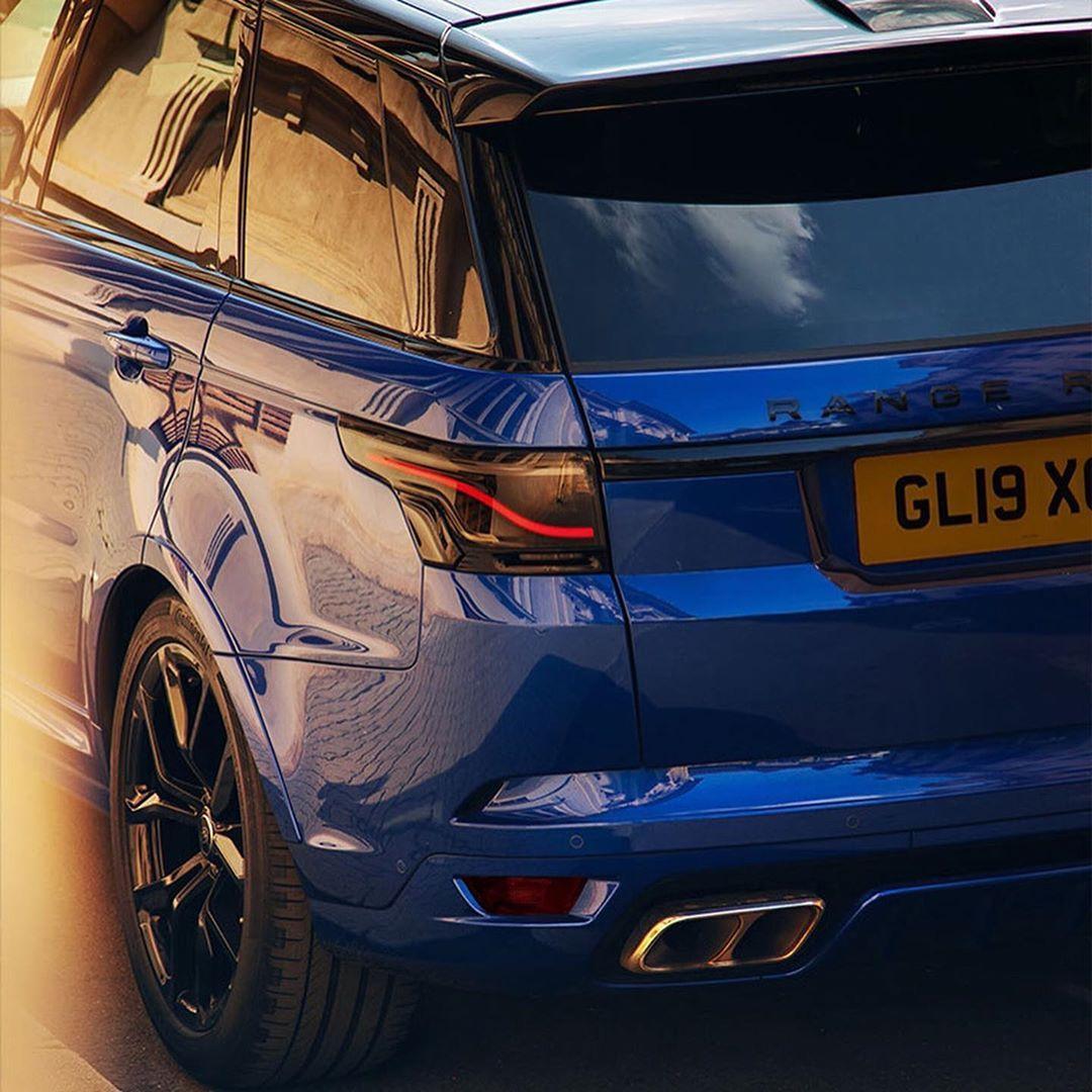 "Range Rover Society on Instagram ""Glohh's new taillight"