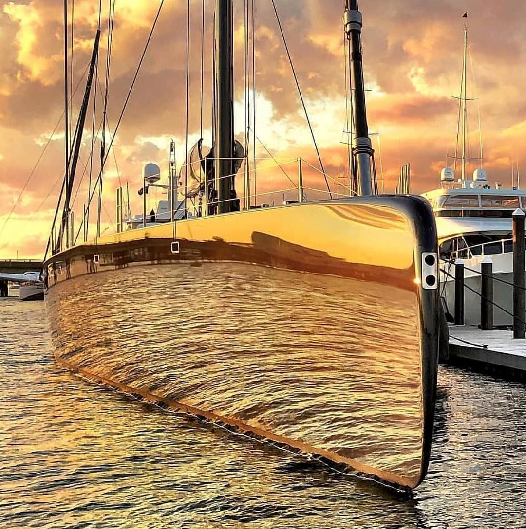 """⚓️The Yachts Of Newport, RI: """"NGONI (58m/180ft) Was Built"""
