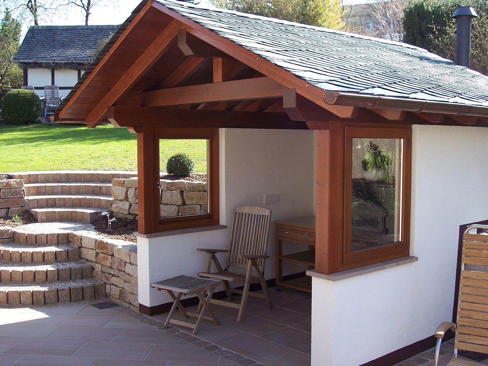 Gartenhaus mit HolzfensterTischlerei Neumann Fenster
