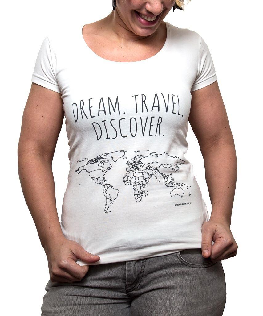 T-shirt met wereldkaart 'Colour your world'. Kleur de landen waar je geweest bent in. | ikwilmeerreize.nl