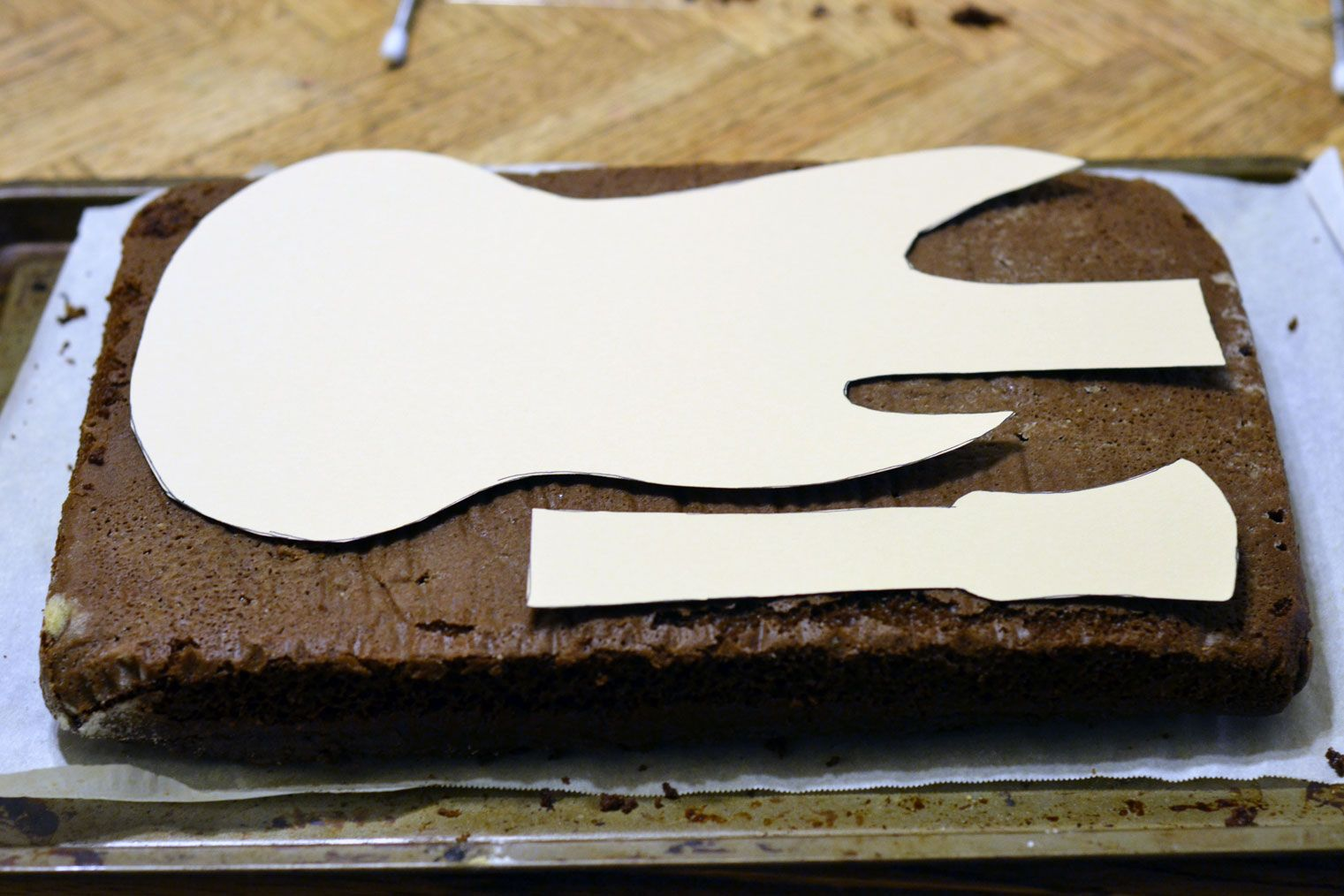 Guitar cake template printable pinteres for Guitar templates for cakes