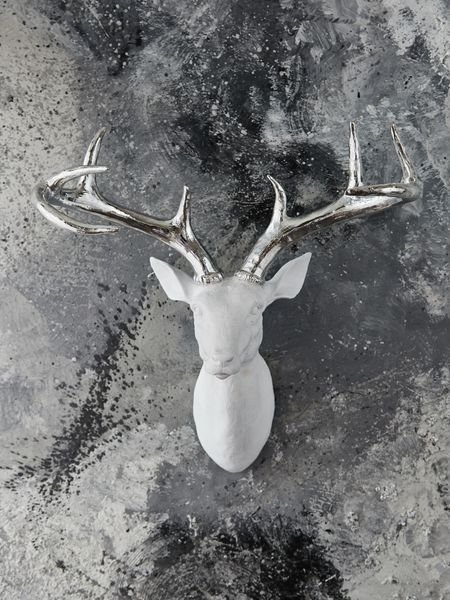 High Quality ... The Scandi Forest Is Beautifully Captured In This Large Wall Mounted  White Deer Head, Which Will Add A Shimmer Of Opulence And Some Fun To Your  Decor.