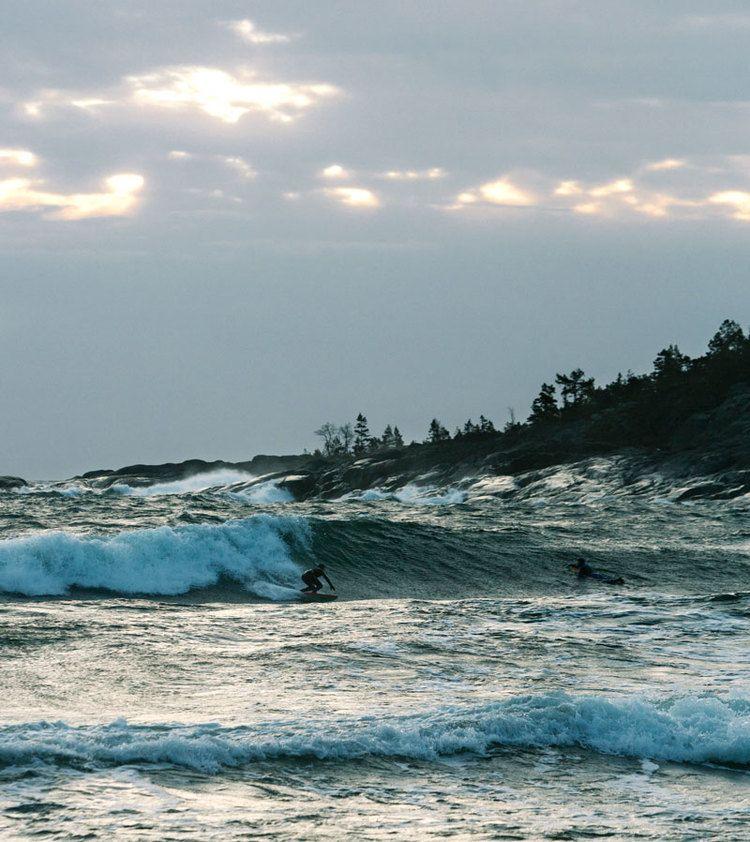 Nordic winter surf, Sweden - BLOG — Jeanette Seflin