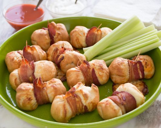 Dinner rolls with buffalo chicken wrapped in bacon great recipes dinner rolls with buffalo chicken wrapped in bacon great recipes from daily simple recipes a forumfinder Images