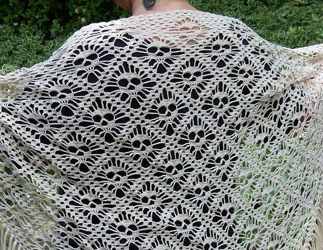 Skull Shawl Free Crochet Pattern For Halloween Party Free Crochet