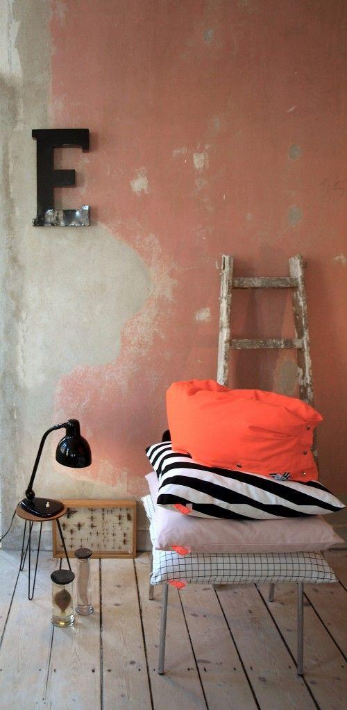 Loft Style | Wand Streichen Ideen | Wände Streichen | Wände Dekorieren |  Wand Mit Beton | Beton In Der Wohnung | Verputzte Wand
