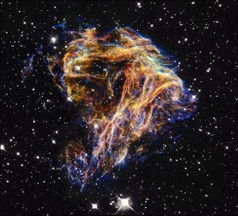 El hecho más trascendente del Renacimiento en Astronomía fue el cambio de actitud y mentalidad en los científicos. La experimentación empezó a hacerse filosóficamente respetable en Europa. -Cristina Ramírez-
