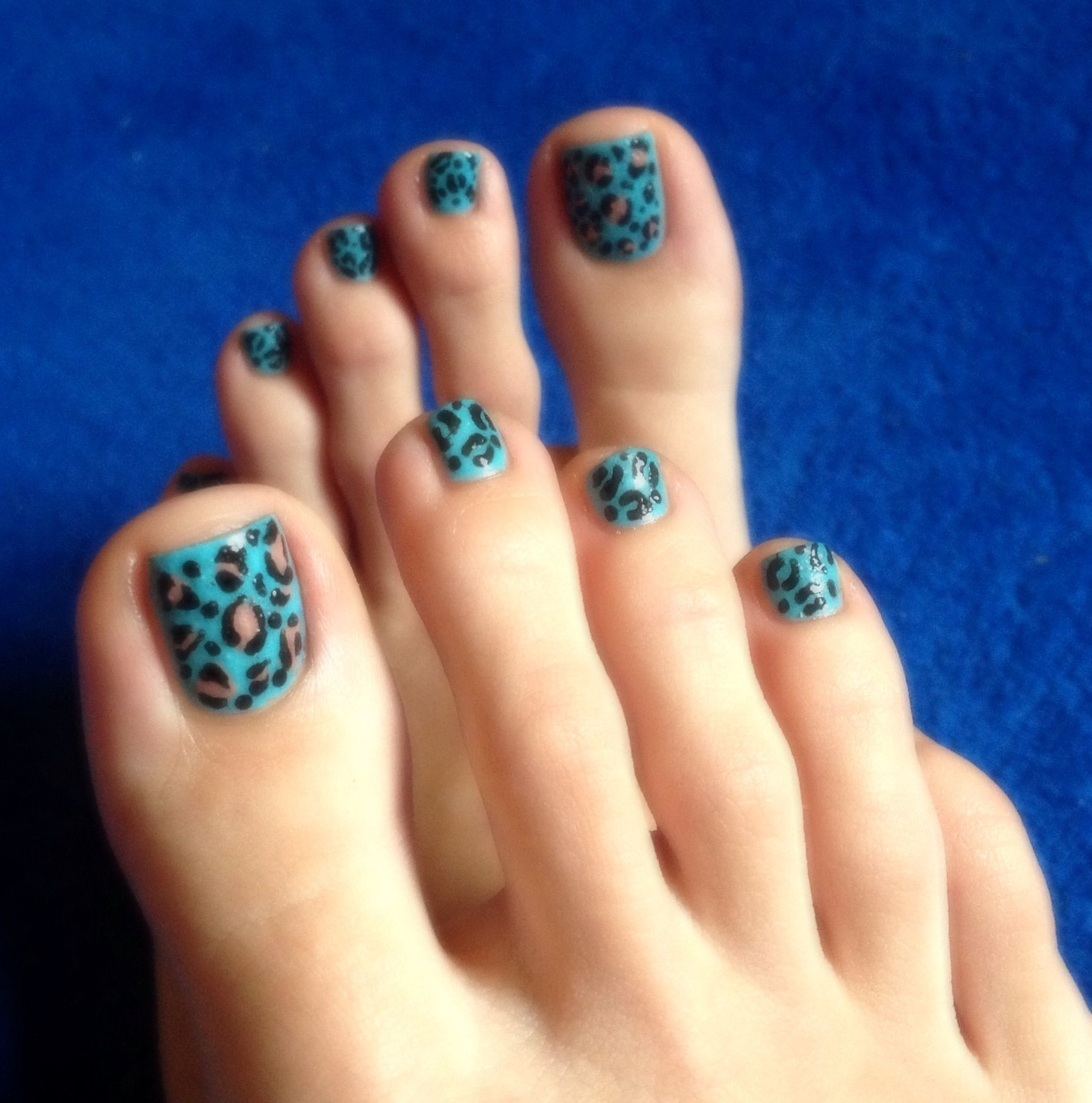 cheetah print nail art design, toenails, turquoise polish, animal ...