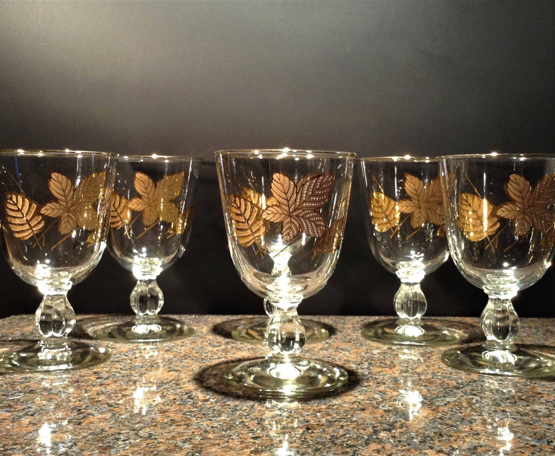vintage-cocktail-glassware-large-penis-seinfeld