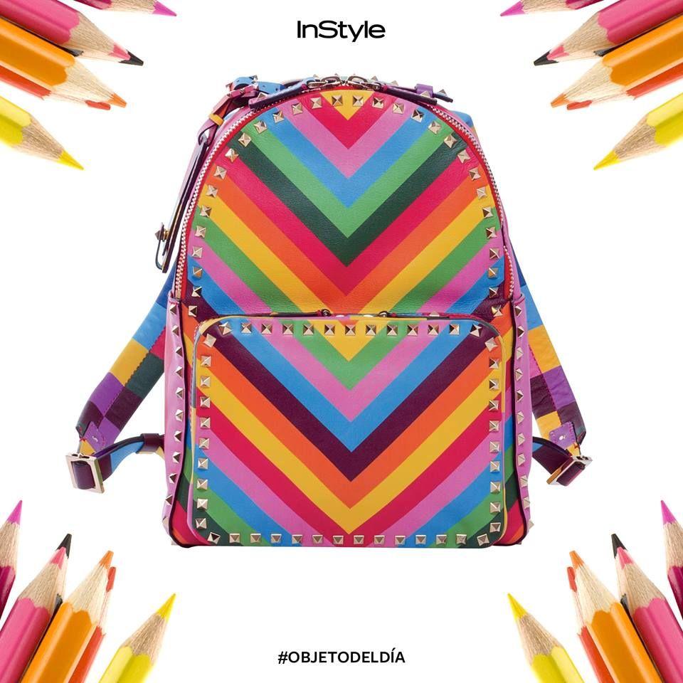 ¡Deja que la primavera llegue a tus accesorios! Las backpacks son las nuevas bolsas obligadas y si son coloridas, tendrás un look ganador. #PurseAddict