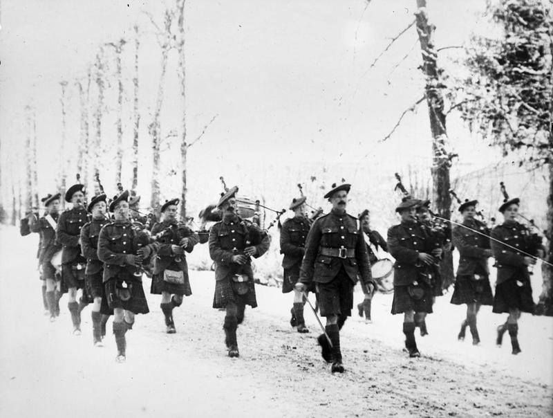 Pipers of the 2nd Battalion, Gordon Highlanders (20th ...