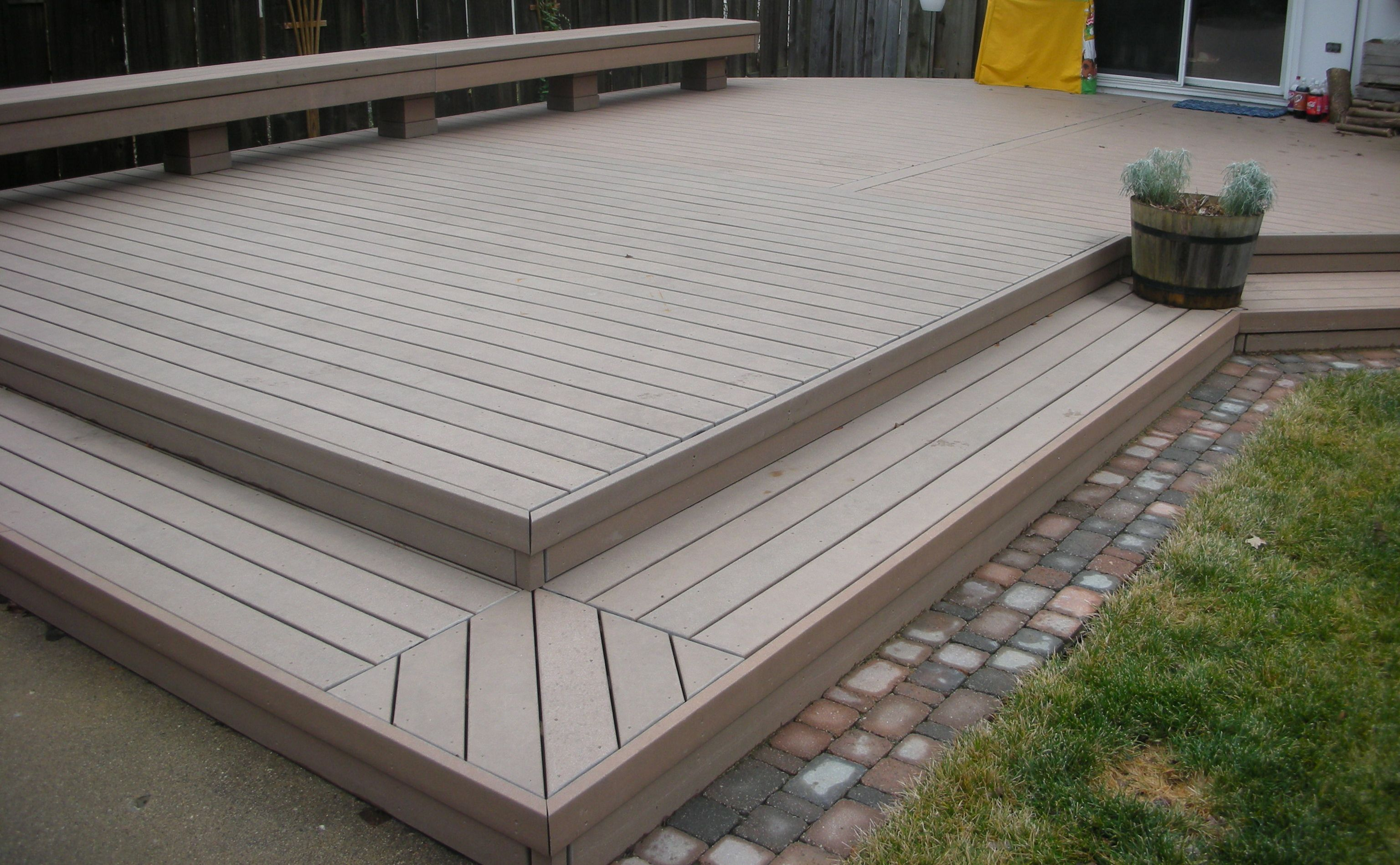 Two toned deck ideas ask home design for Garden decking colour ideas