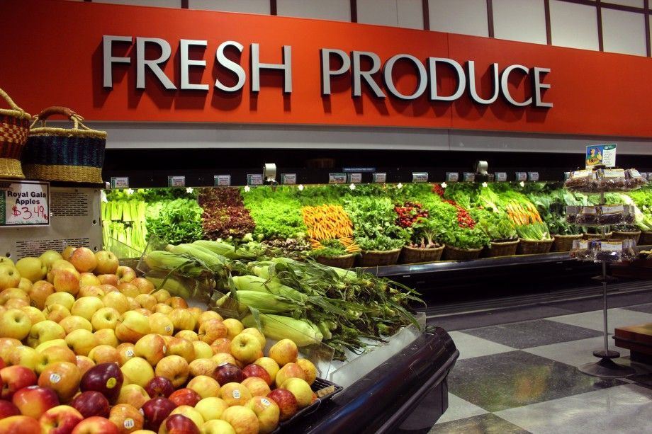 Grocery Tips How to Pick Great Produce We all know that