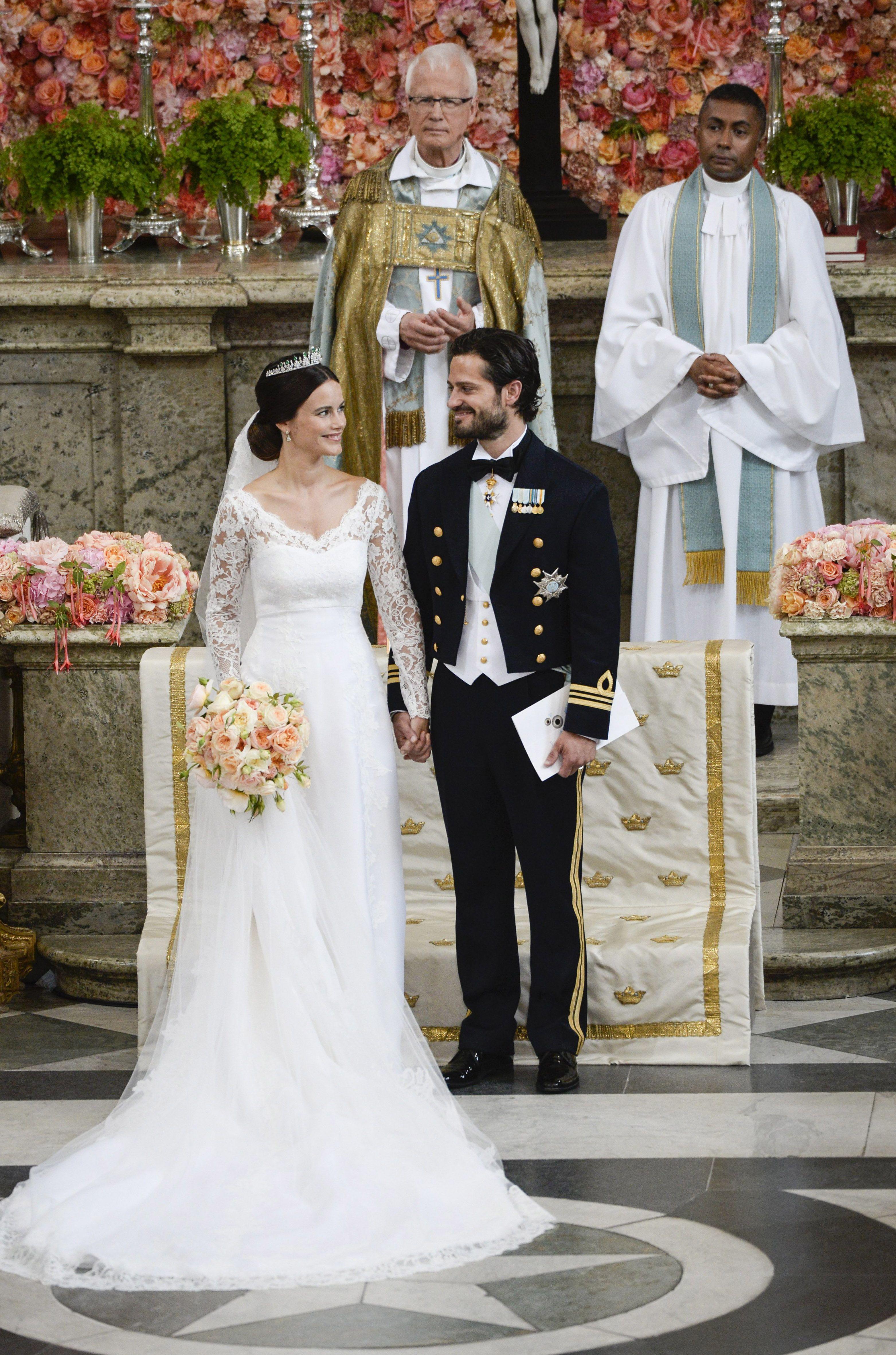 Sweden Royal Wedding Sofia Hellqvist Becomes A Princess Royal Wedding Gowns Royal Wedding Dress Royal Brides [ 4724 x 3126 Pixel ]