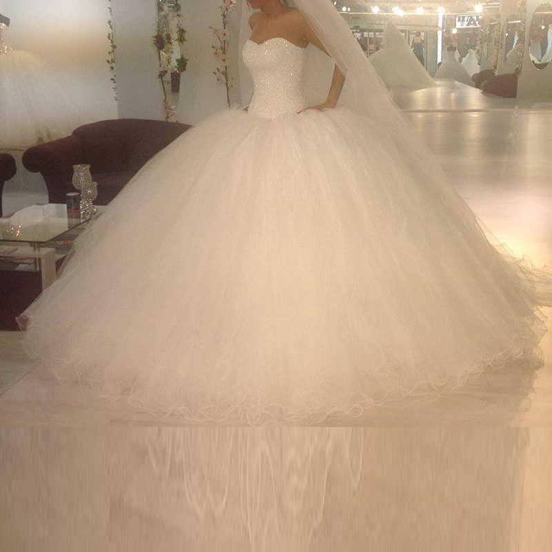 Photo of US $209.0 |Luxury Custom Made Sweetheart Strapless Beading Shining Lace Up Puffy Big Ball Gown Wedding Dress Vestido De Novia 2015-in Wedding Dresses from Weddings & Events on AliExpress