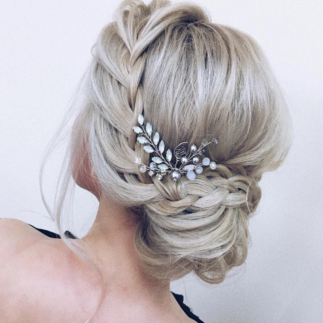 17 trendy and chic updos for medium length hair | hair