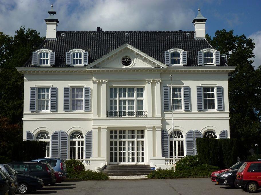 Het Witte Huis, Enschede ©Fopper (wikipedia user)