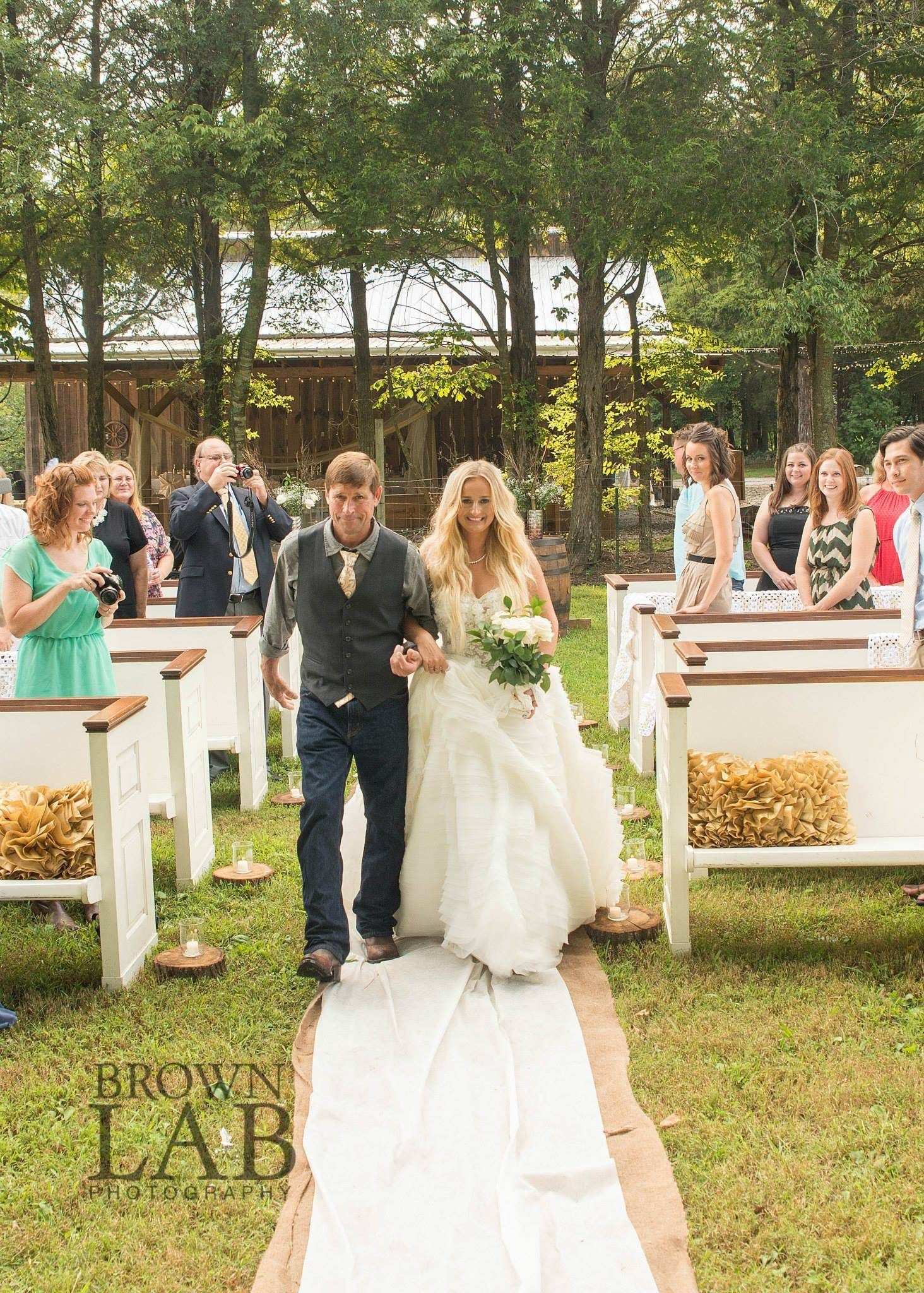 Outdoor Wedding At Avans Farm Tennessee