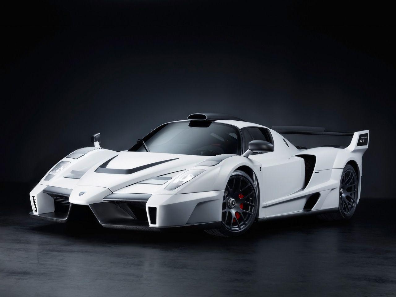 Etonnant Sports High Speed Ferrari Car Wallpapers