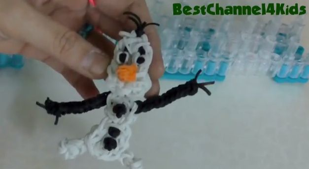 If your child has mastered the art of loom band bracelet making, and wants to try something a little more complex, here are some fabulous tutorials on how to make some character loom band charms.