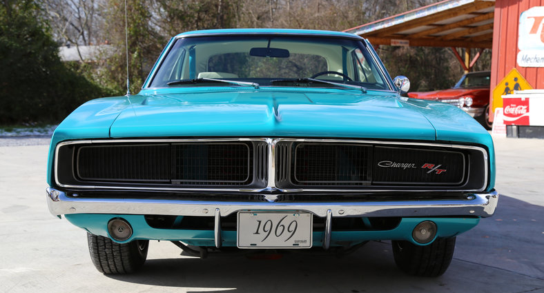 Bright Turquoise 1969 Dodge Charger R T Review Dodge Charger Classic Cars 1969 Dodge Charger