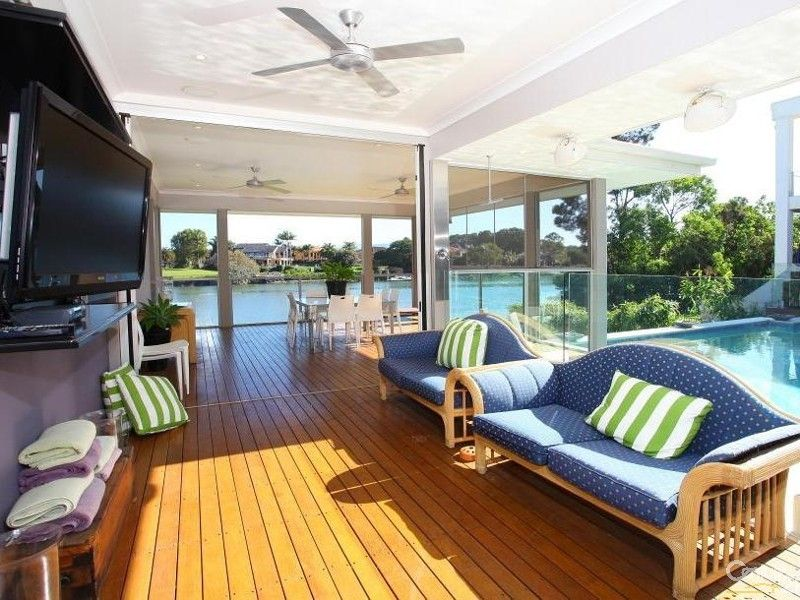 Awesome living area House for Sale in Benowa QLD 4217