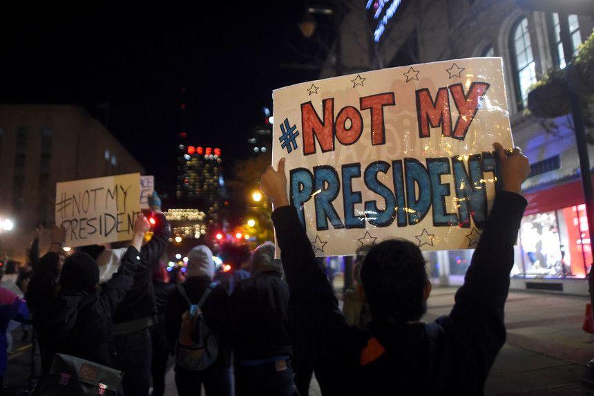 Expresso | Protestos contra Trump intensificam-se nos EUA e agora na Europa. Obama pede contenção