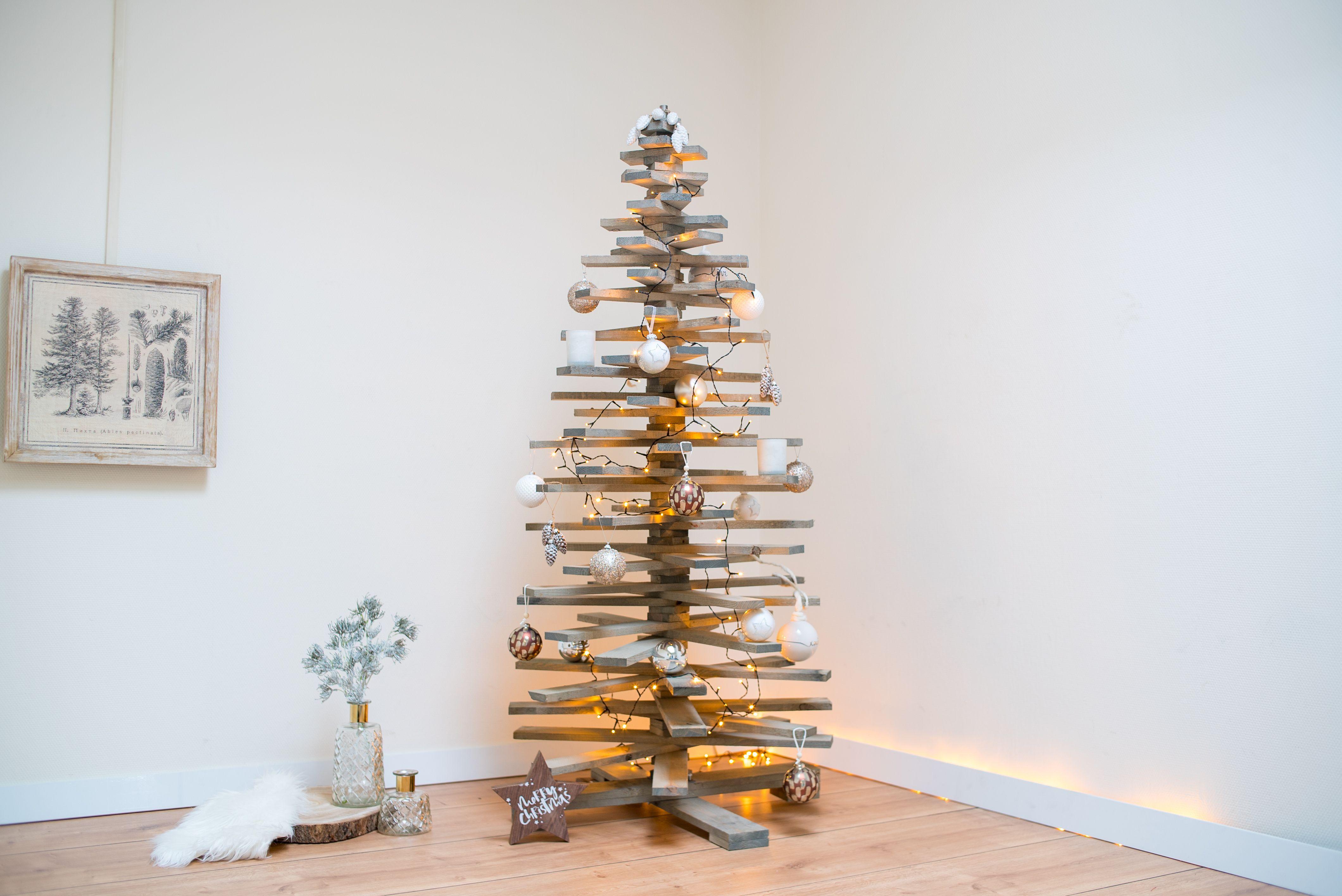 Doe bij Gadero alvast inspiratie op voor de kerst. Houten kerstbomen ...