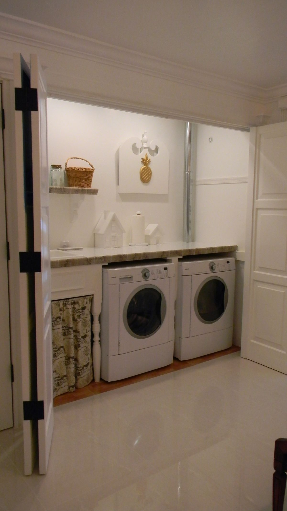 Pin By Debbie Bowler On Garage Ideas Garage Laundry