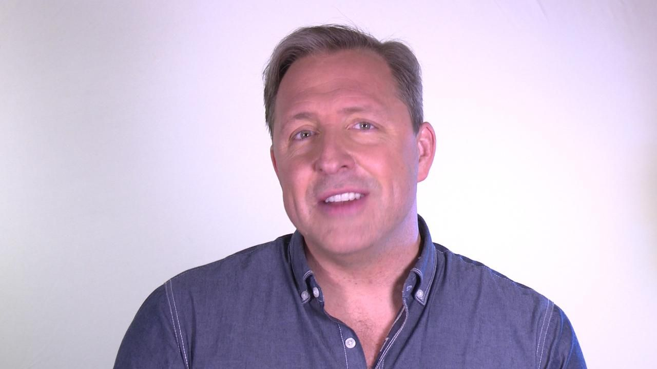 Digital Exclusive: How to Reduce Blue-Light Emission on Your iPhone: Author and entrepreneur Dave Asprey explains how to adjust your iPhone's display to decrease blue-light emission that may affect your sleep.